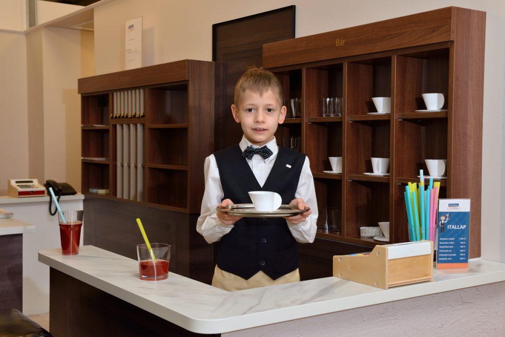 Danubius miniHotel waiter
