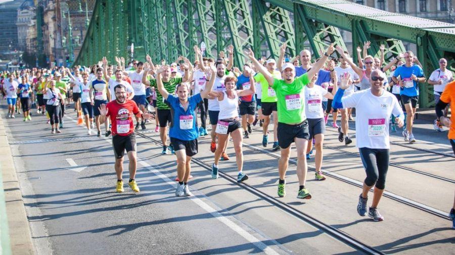 Half Maraton at Szabadság bridge Budapest