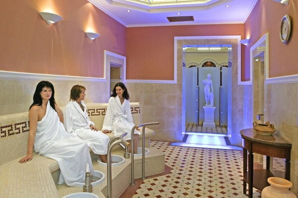 Danubius Health Spa Resort Nove Lazne1