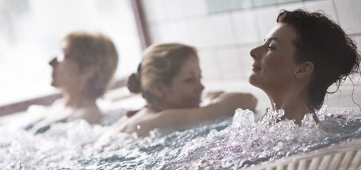 Fürdőzés a Sárvári gyógymedencében
