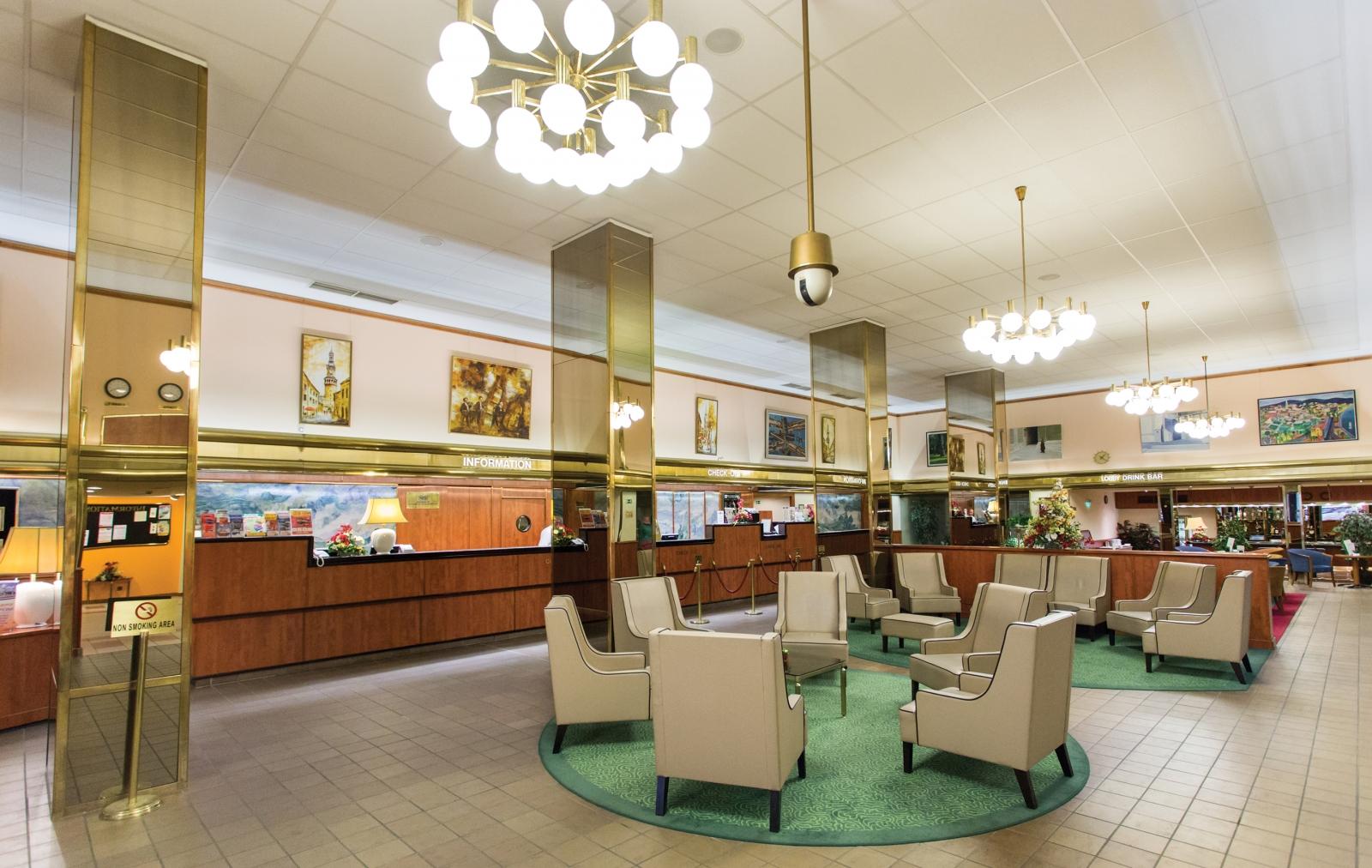 Hotel Hungaria City Center lobby