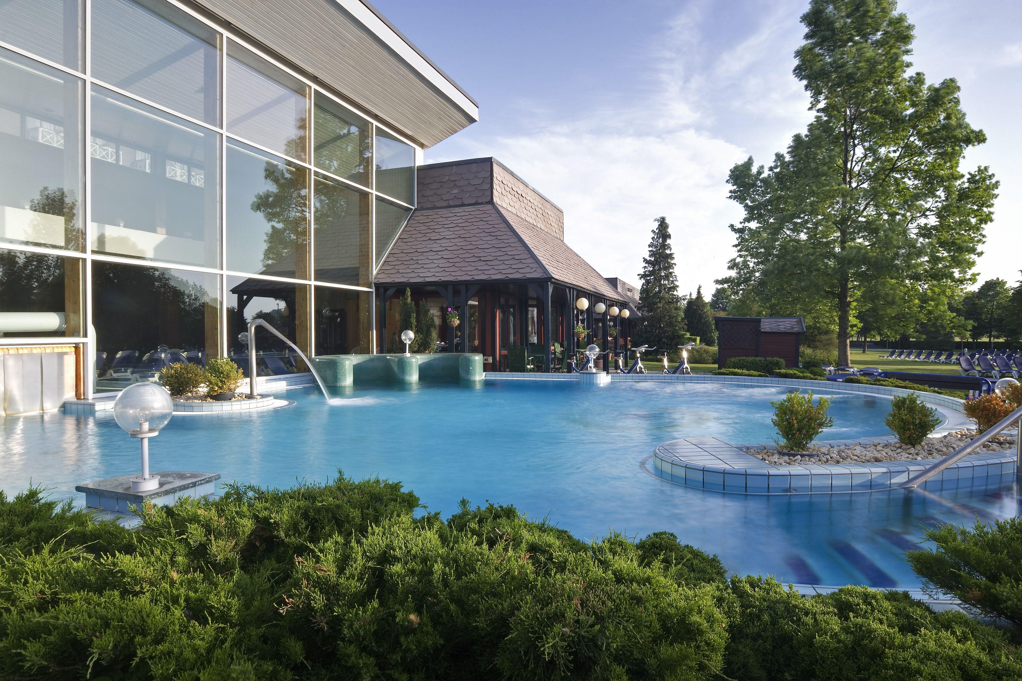 Danubius Health Spa Resort Bük fun bath