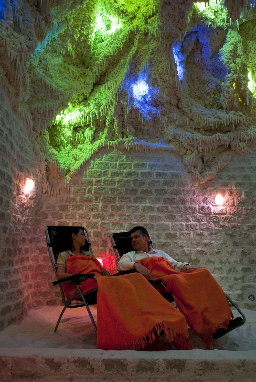 spa-salt cave