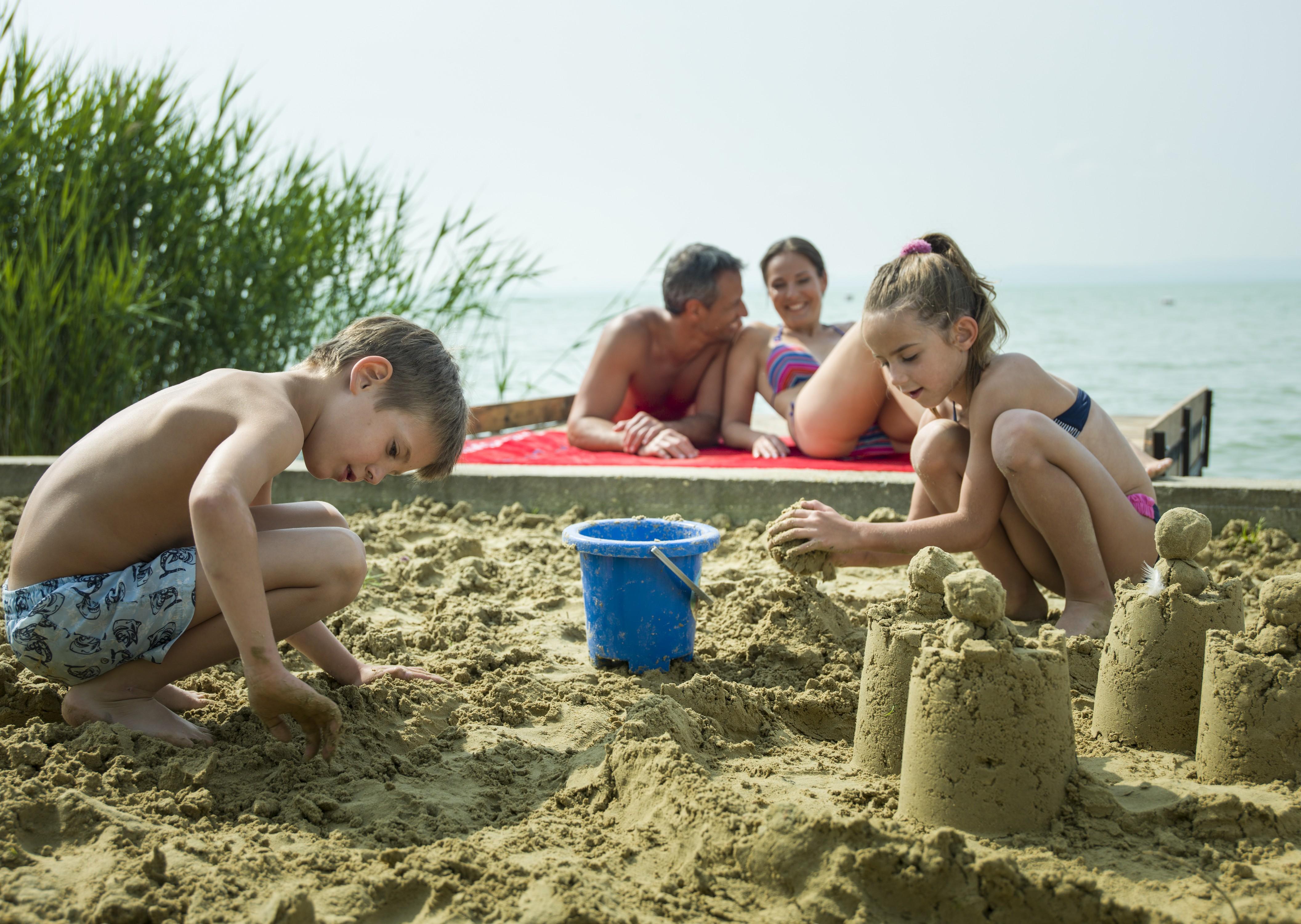 családi nyaralás a Balatonon
