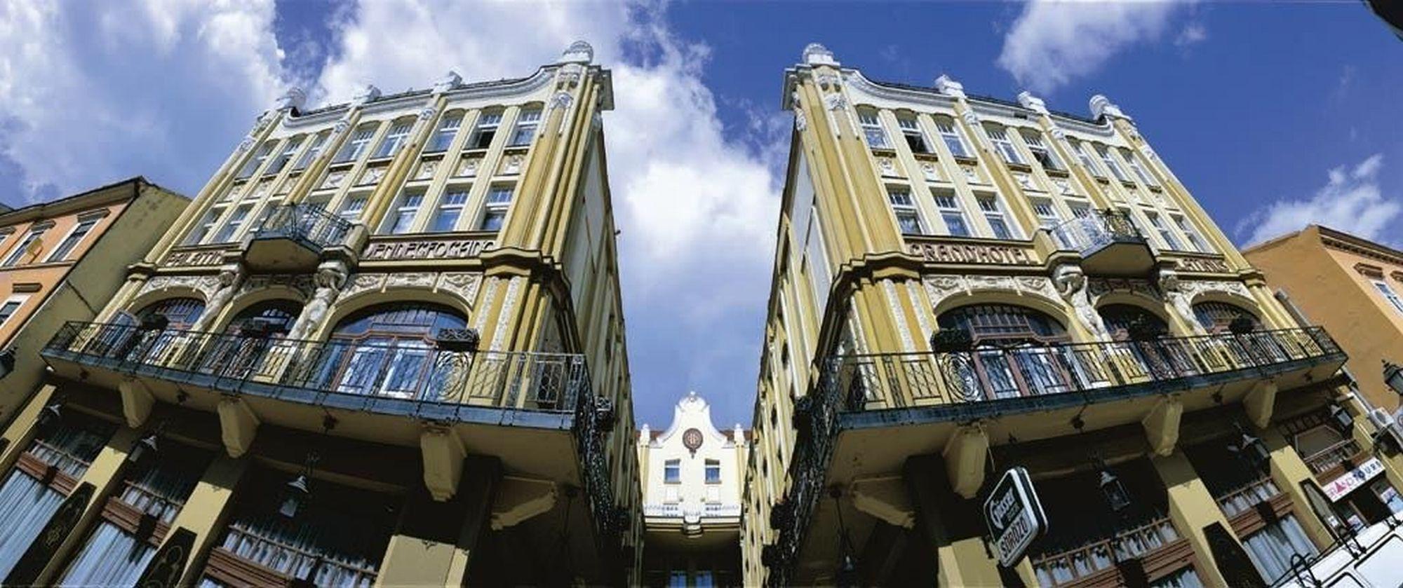 Hotel Palatinus Pécs történelmi belvárosában