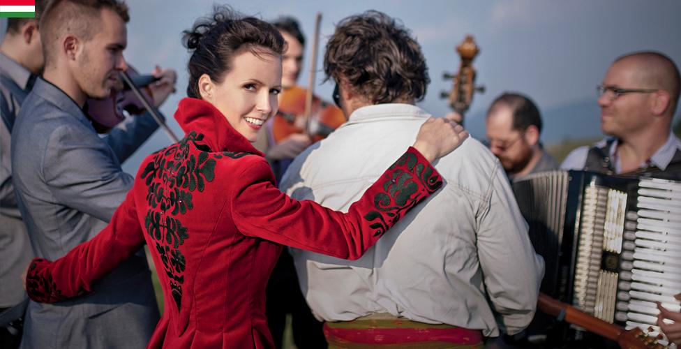 Nemzetközi Folklórnapok_Herczku Ágnes és a Banda