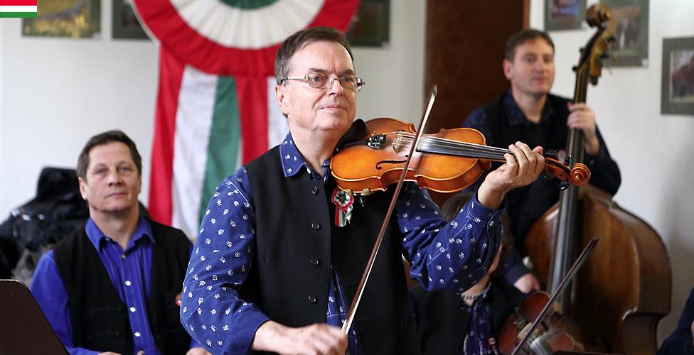 Nemzetközi Folklórnapok_Regős együttes