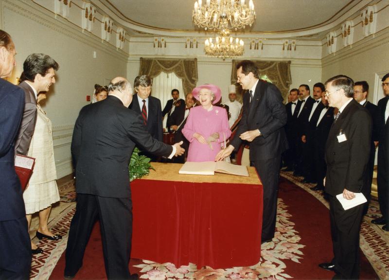 Erzsébet királynő a Gundel Étteremben