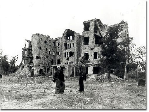 A margitszigeti Nagyszálló a bombázás után