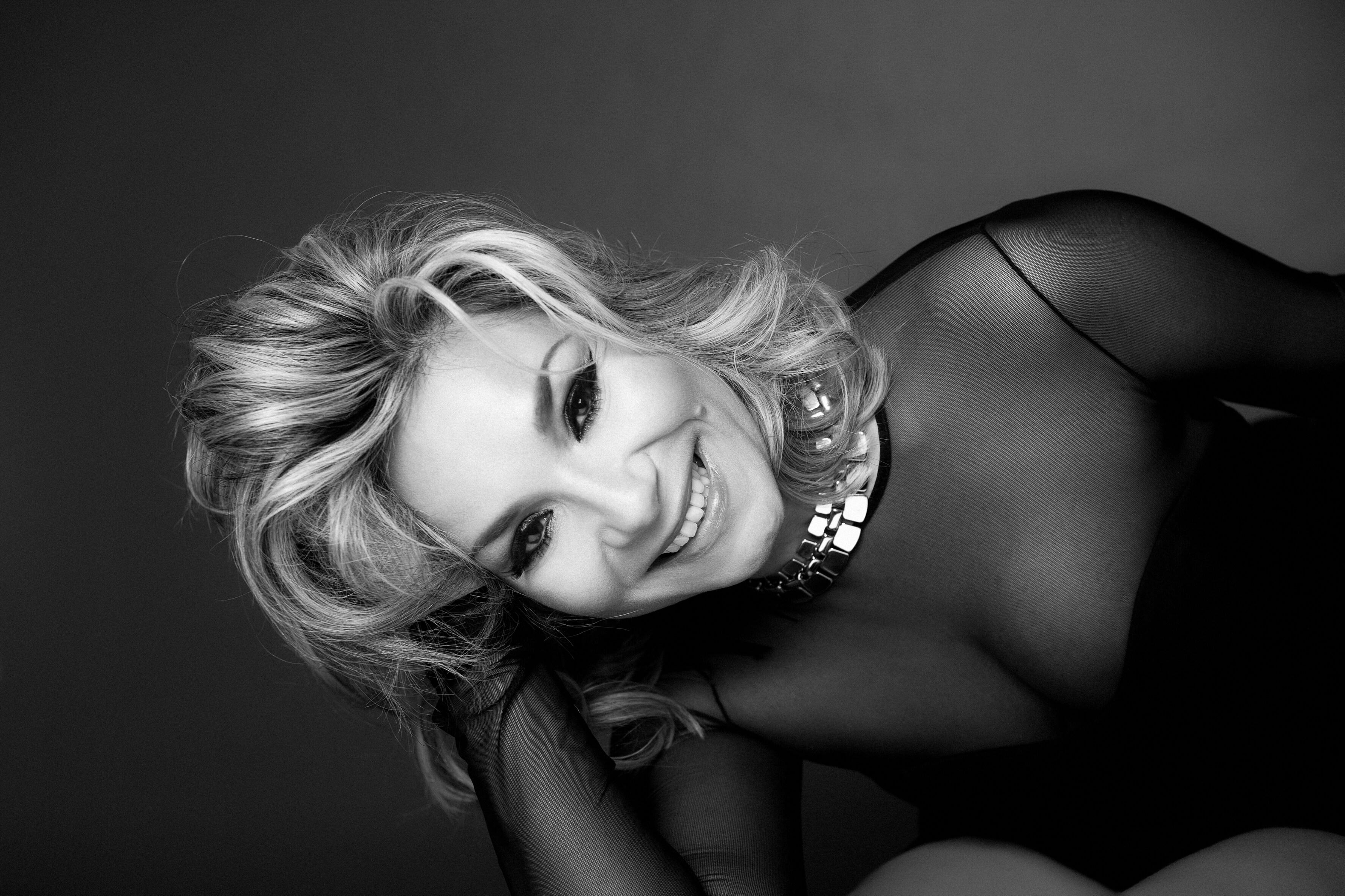 Szűcs Gabi énekesnő