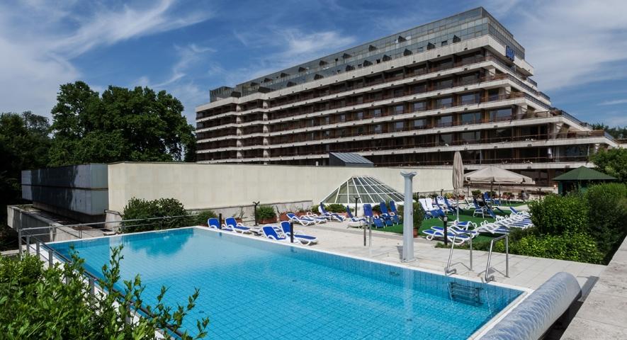 Danubius Health Spa Resort Margitsziget külső medence