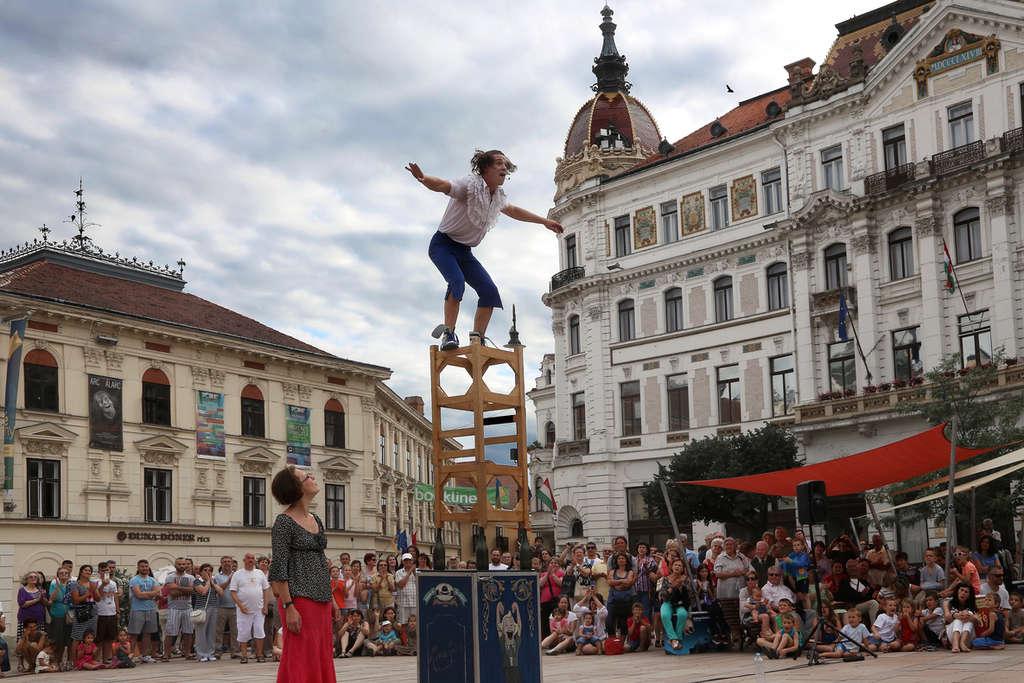 Zsolnay Fényfesztivál Pécs szabadtéri programok