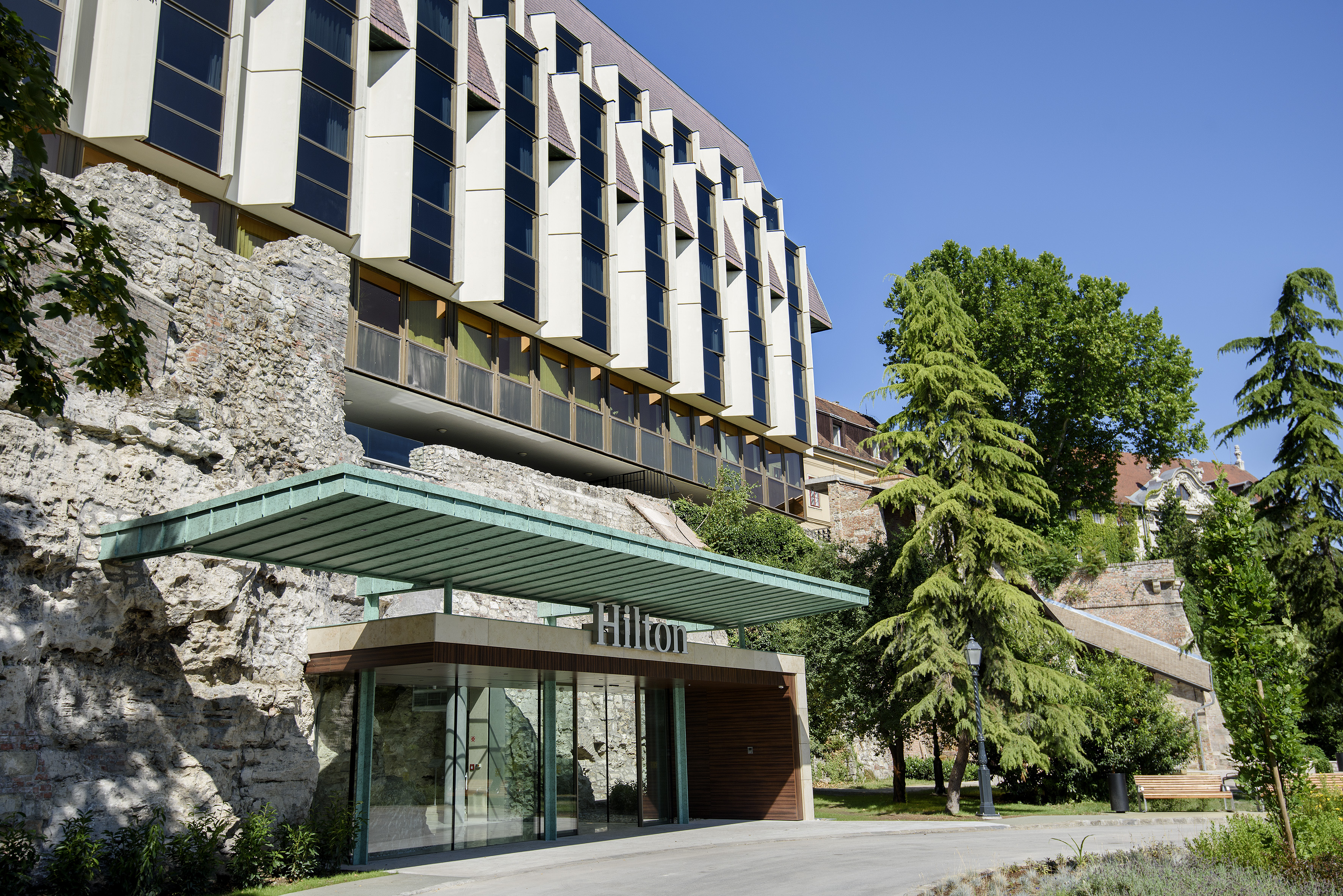 Hilton Budapest Historil Lounge bejárat