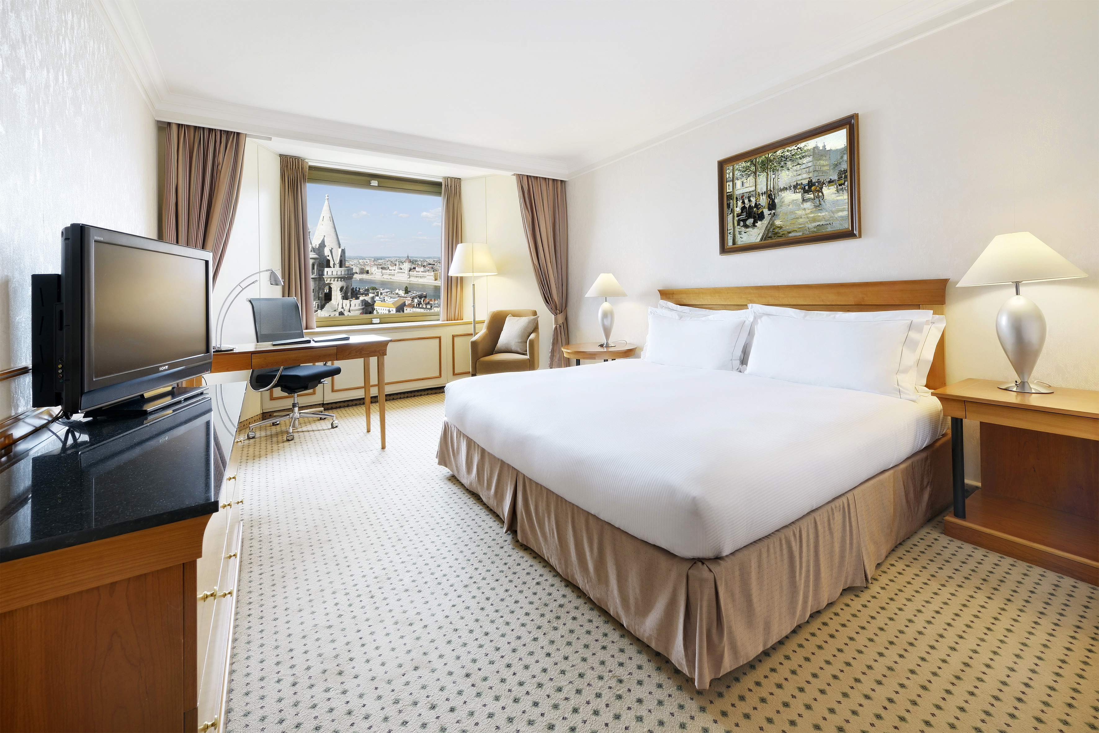 Hilton Budapest King Room Danube view