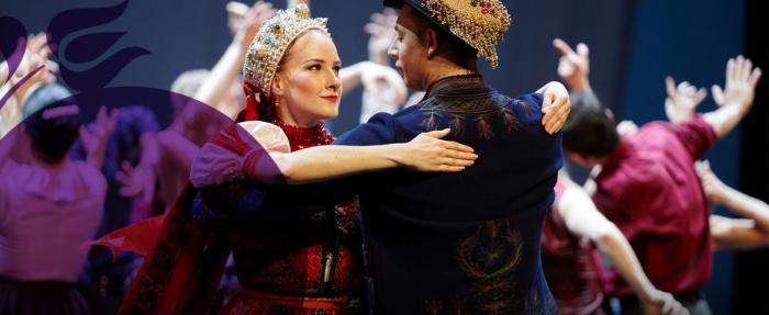 táncos bemutató a Győri Pálinkafesztiválon