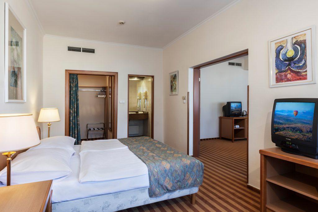 családi szoba a győri Hotel Rábában