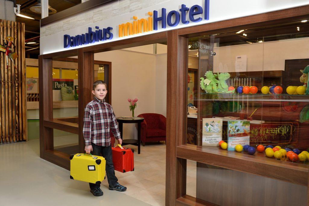 Danubius Minihotel bejárata