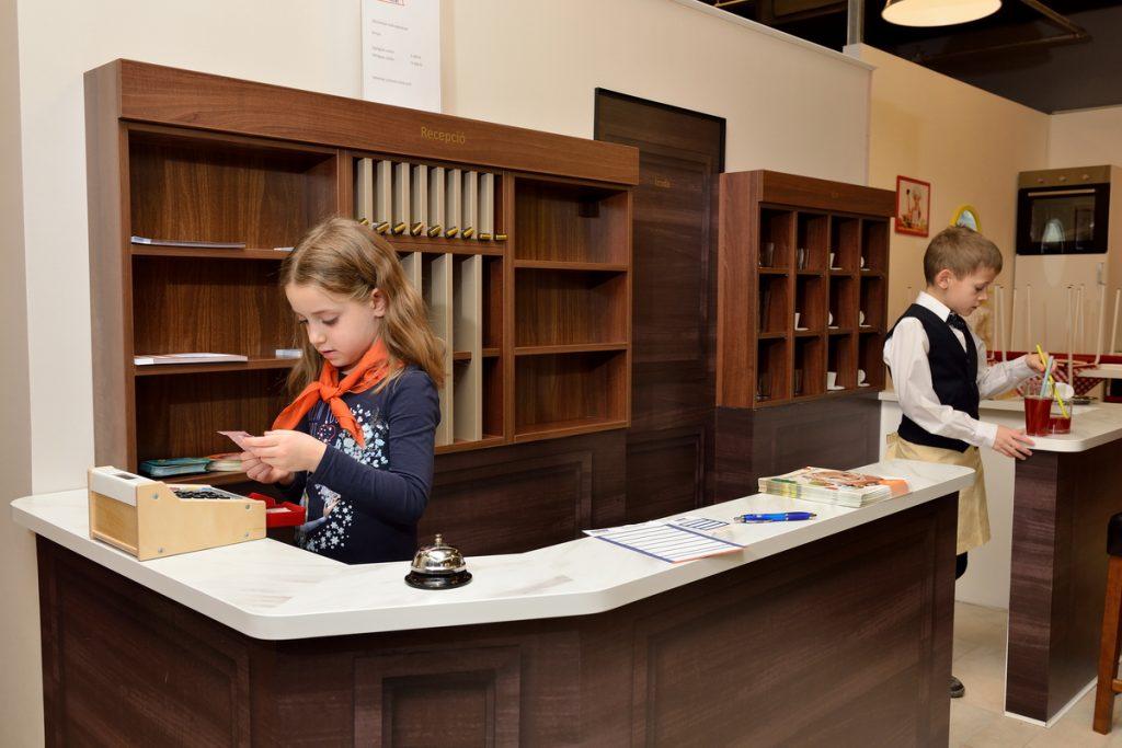 Danubius Minihotel recepció gyerekekkel