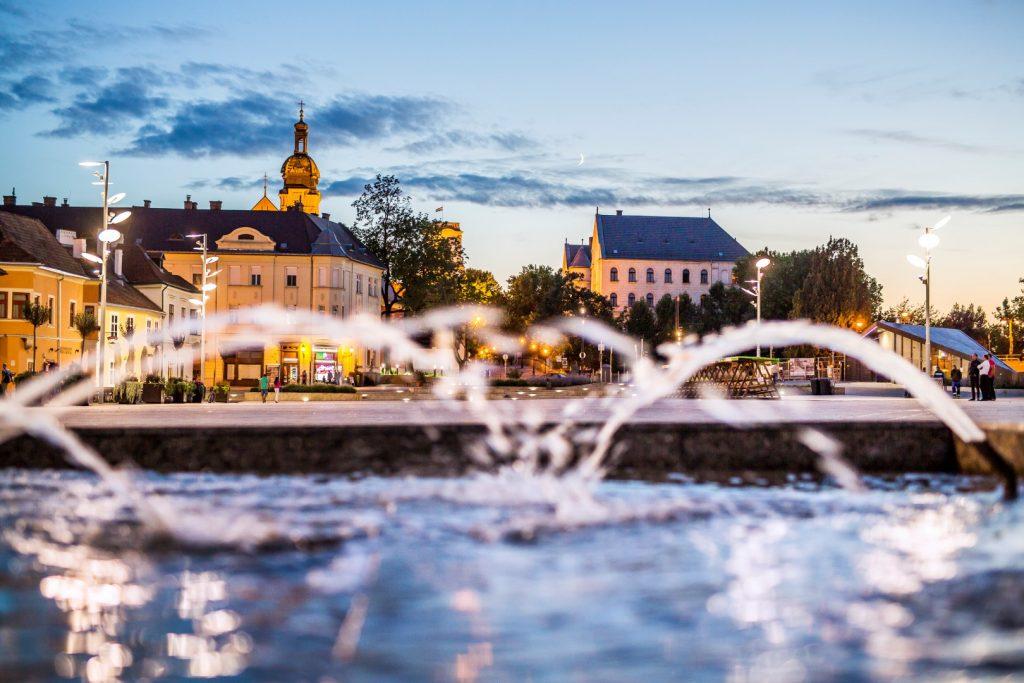 Dunakapu tér