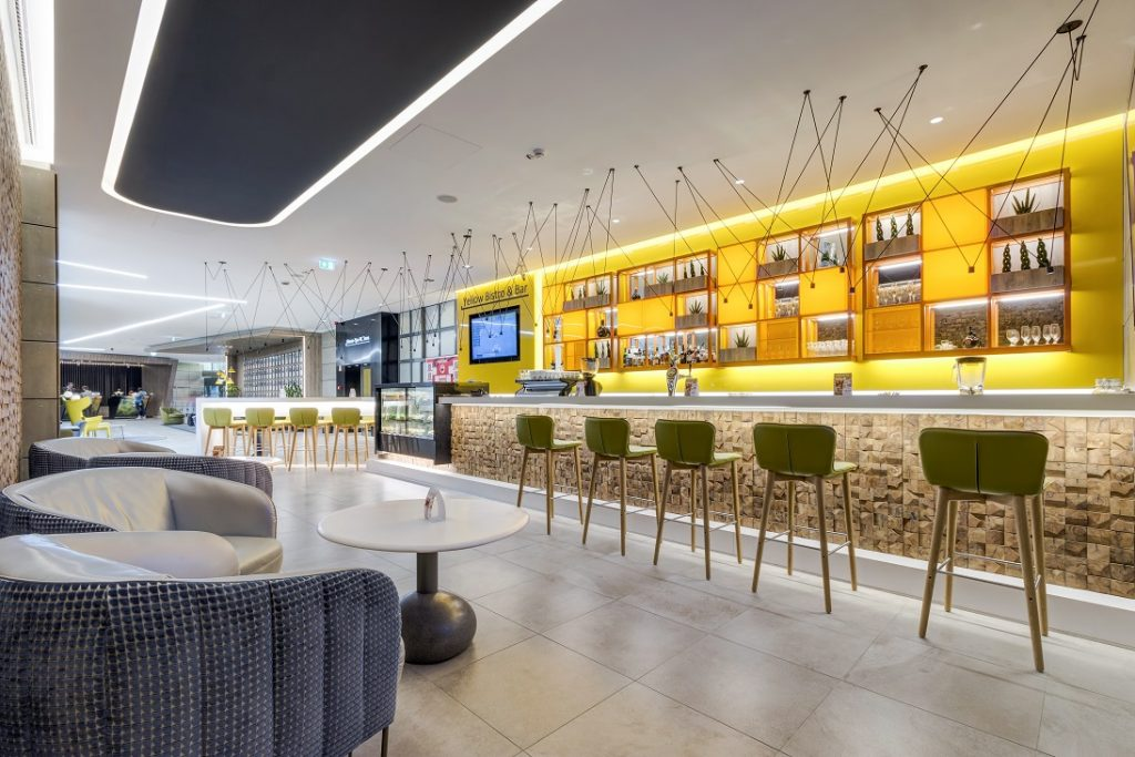 Yellow Bistro & Bar, Danubius Hotel Helia