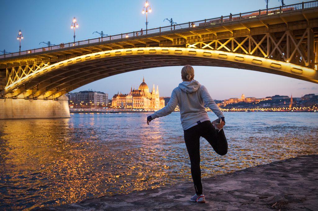 Futás a Duna parton