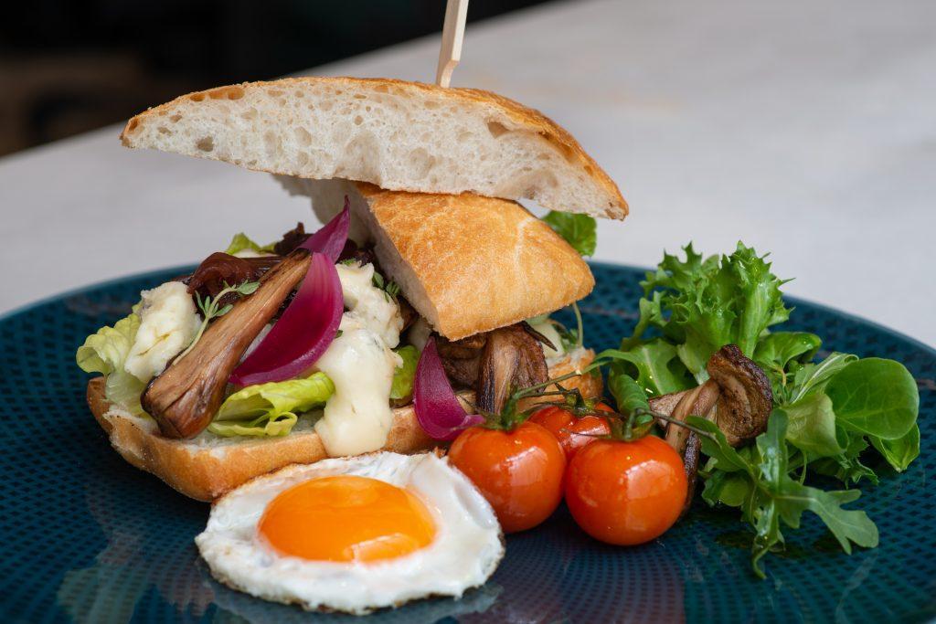 Portobello Burger, Zsolnay Kávéház
