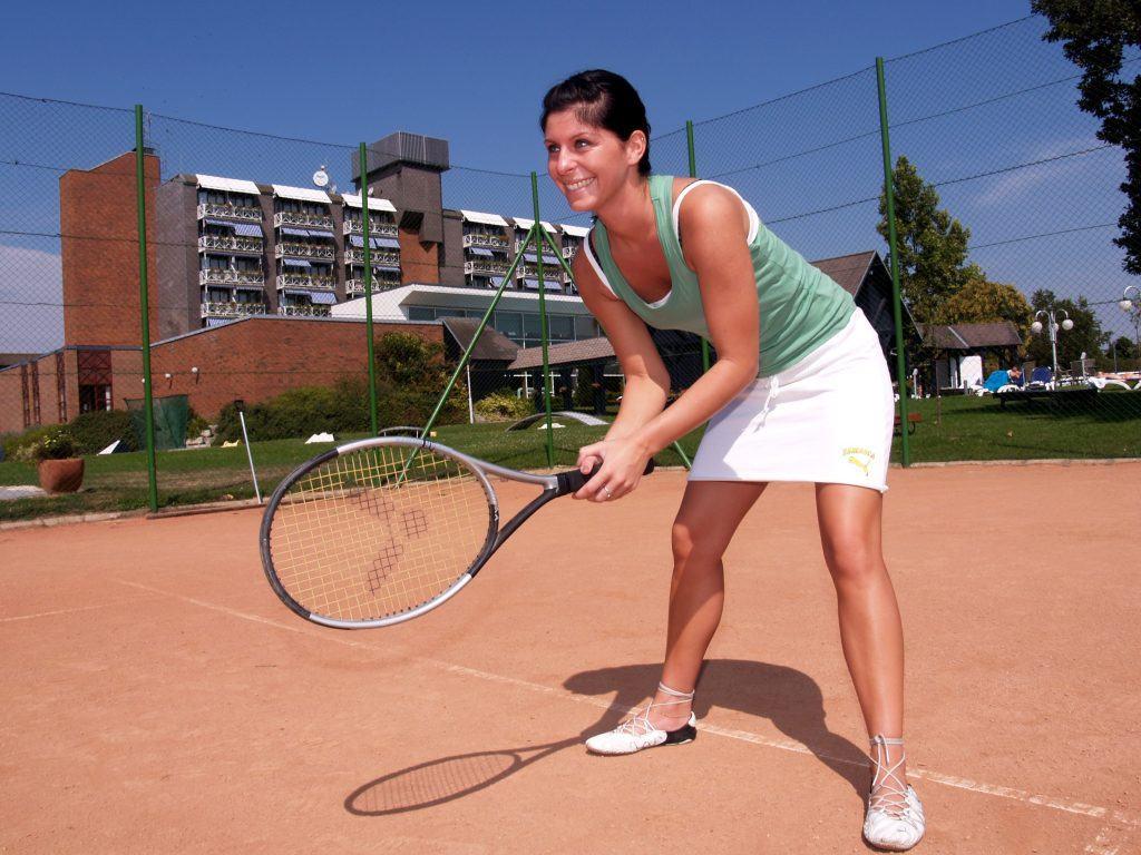 tenisz, Danubius Hotel Bük