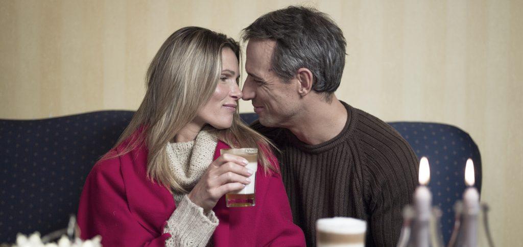 Valentin-napot ünneplő szerelmes pár