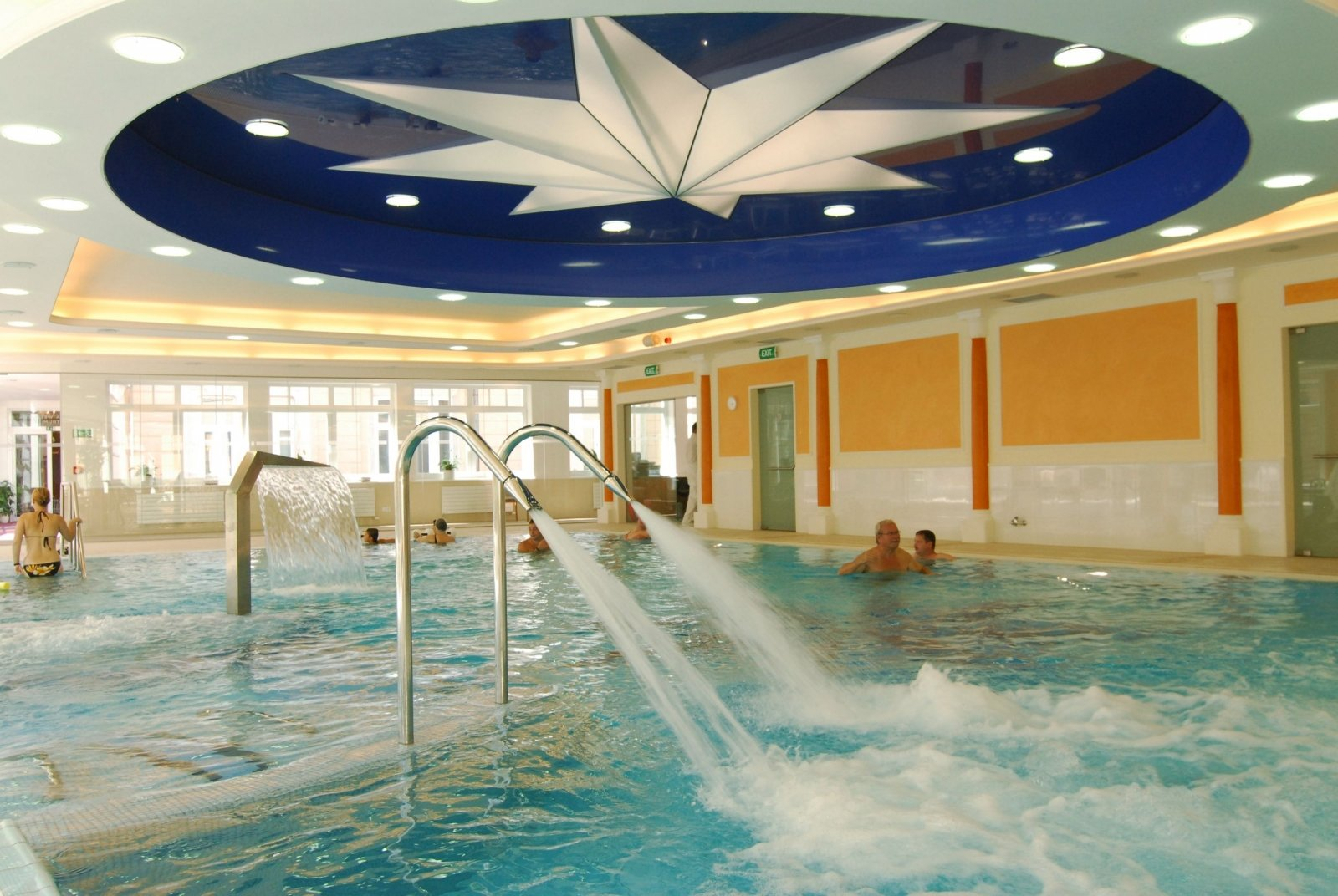 Wellness hotel in mari nsk l zn danubius health spa for Best health spas in the us