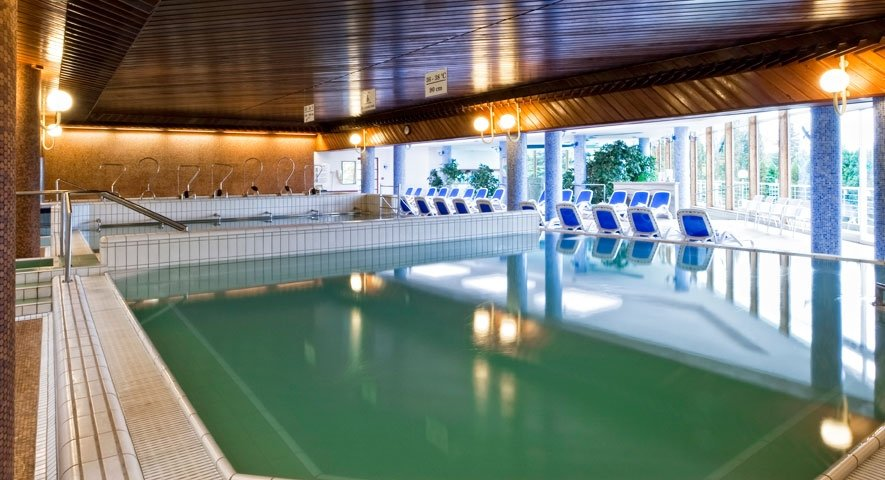 Thermal+pool - Danubius+Health+Spa+Resort+Aqua - hotel H%C3%A9v%C3%ADz