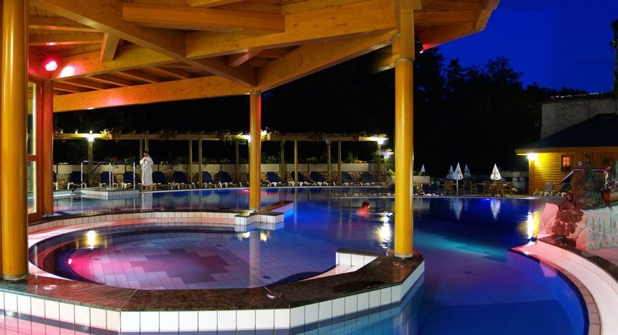 Danubius health spa resort h v z superior danubius for Best health spas in the us