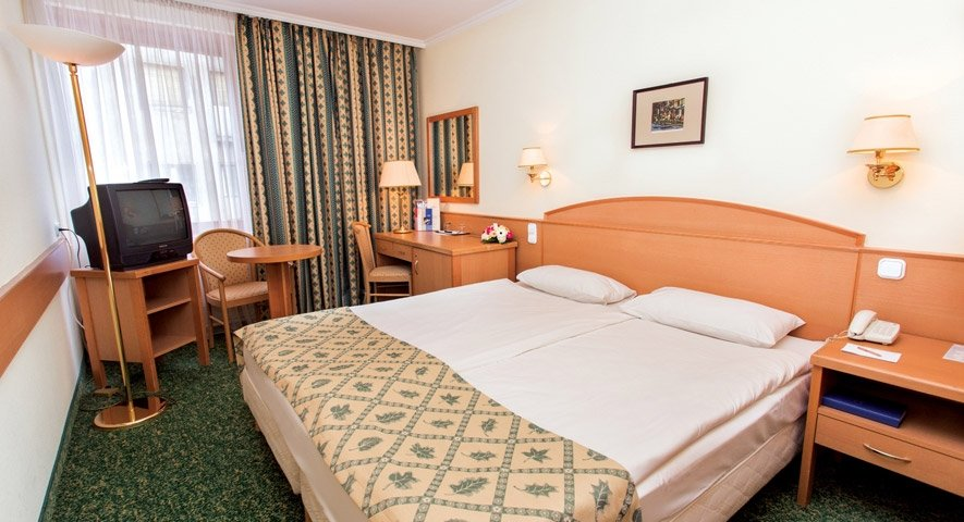 Standard double room - Hotel Erzsébet City Center - hotel Budapest