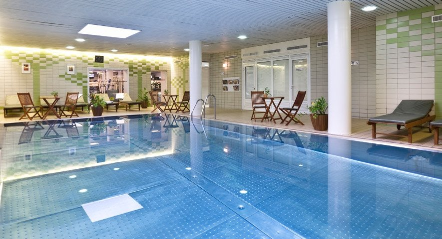 Swimming pool - Danubius Hotel Flamenco - hotel Budapest