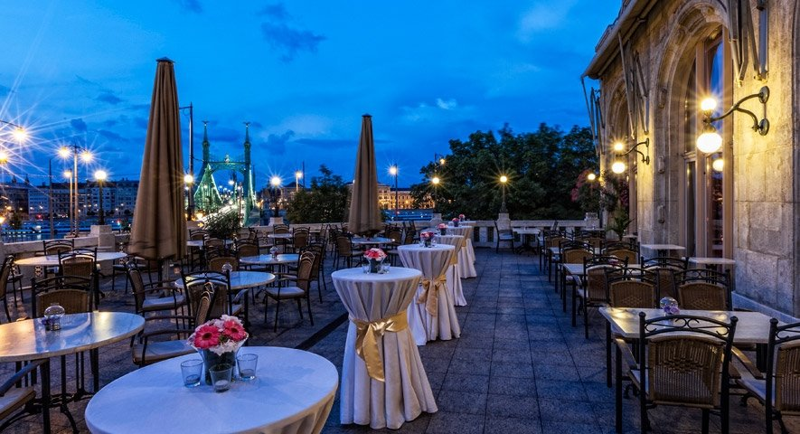 Panorama+terrace - Danubius+Hotel+Gell%C3%A9rt+ - hotel Budapest