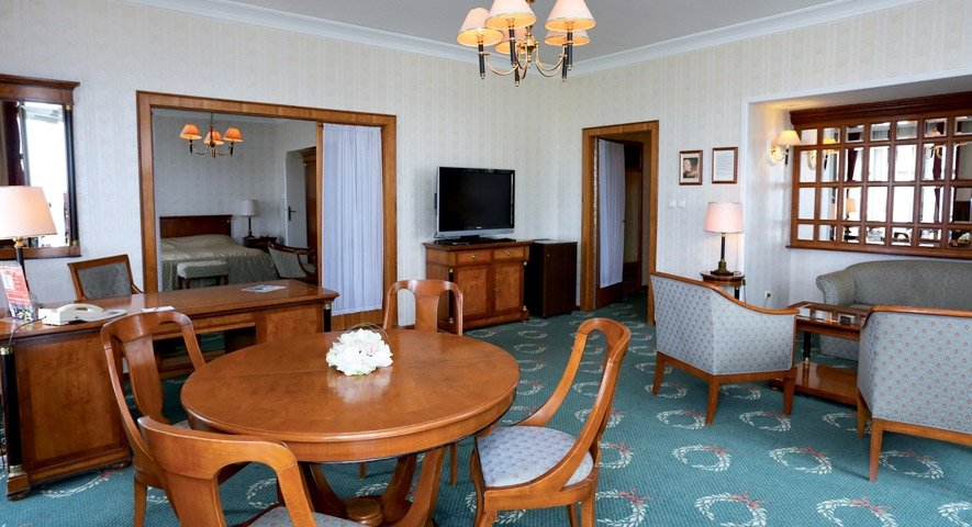 Deluxe+suite - Danubius+Hotel+Gell%C3%A9rt+ - hotel Budapest