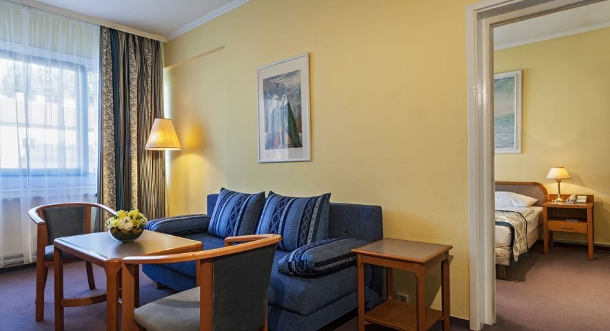 Superior+Family+Room - Hotel+R%C3%A1ba+City+Center - hotel Gy%C5%91r