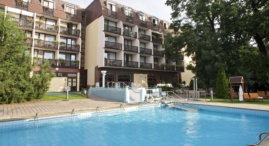 - Danubius Health Spa Resort Sárvár - hotel Шарвар