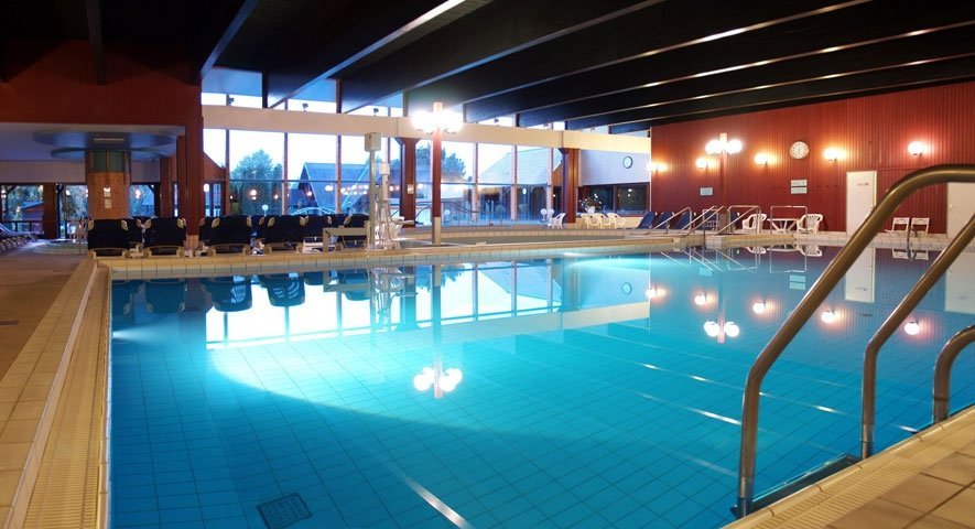Indoor+pools - Danubius+Health+Spa+Resort+B%C3%BCk - hotel B%C3%BCk