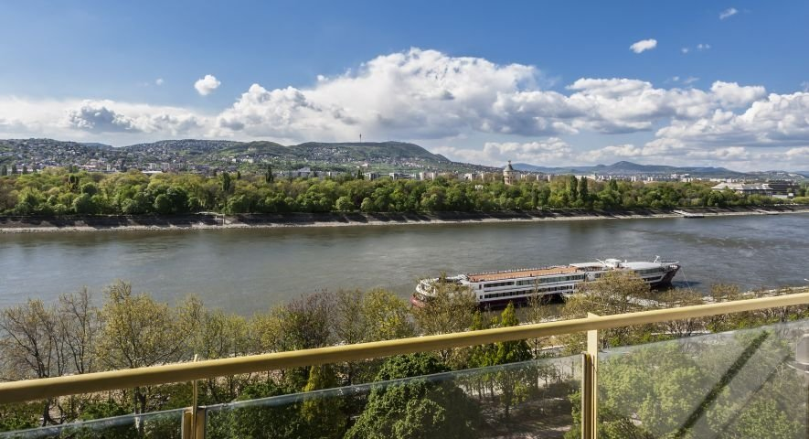 Superior room with Danube view - Danubius Hotel Helia - hotel Budapest