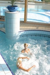 Indoor adventure pool - Danubius Health Spa Resort Aqua - hotel Hévíz