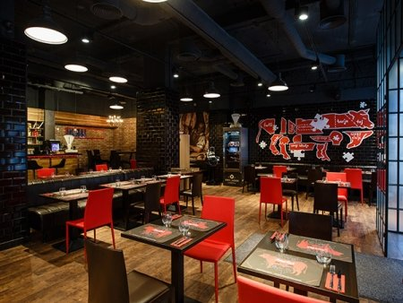 Meszarsteak kitchen restaurant budapest stadtzentrum for W kitchen cafe gandaria city