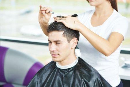 Men's Haircut with Washing