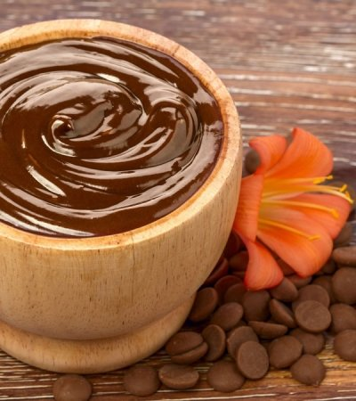 Skin Nourishing Chocolate – Honey Massage
