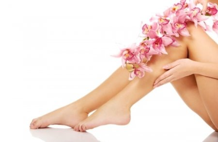 SpaRitual Pedicure and Feet Ritual with your choise of polish/De-stress